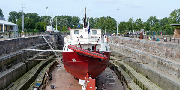 zener maritime dry dock maintenance